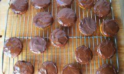 Κέικ ή μπισκότα – jaffa cakes